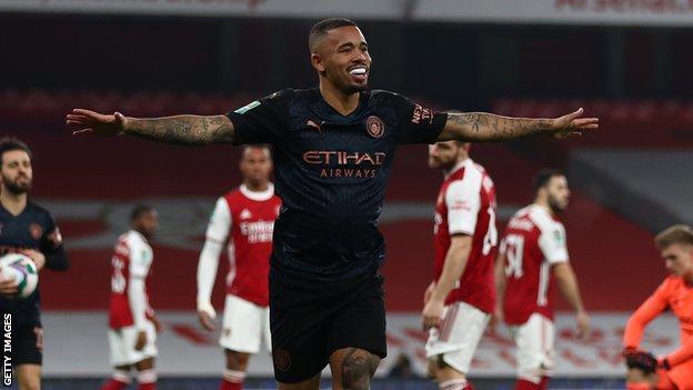 gabriel jesus, 8 kasım salı günü carabao kupası'nda city'yi arsenal'e karşı öne çıkardığında ilk golünü attı.
